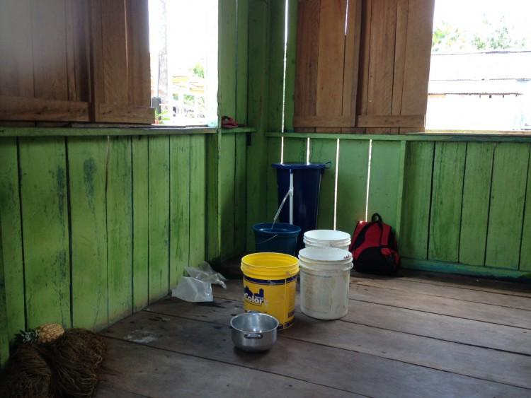 Water filter (blue barrel in corner)